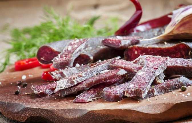 Cholesterol in Venison vs. Other Meats