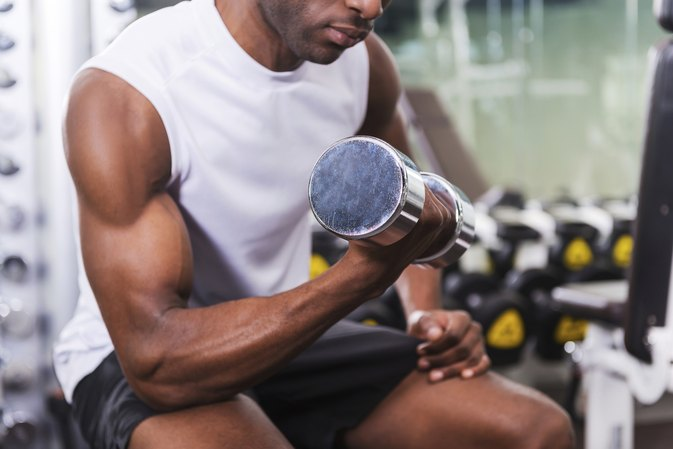 When Does the Body Start to Use Muscle Tissue for Energy?