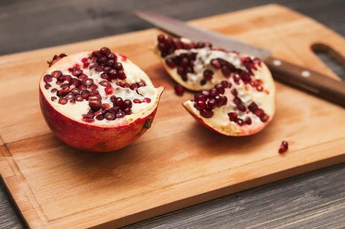 Nutrients in Pomegranates