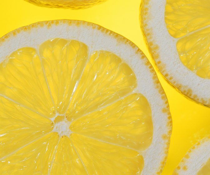 Does Mixing Lemon Juice in Your Conditioner Make Your Hair Blonder?