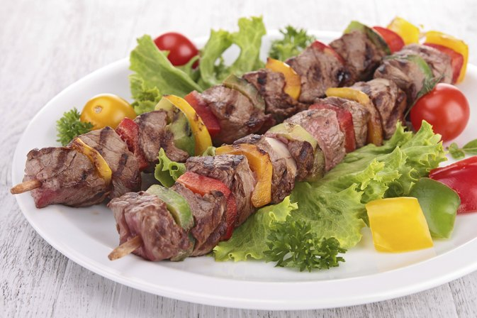 What Foods Pair Well With Beef Kabobs?