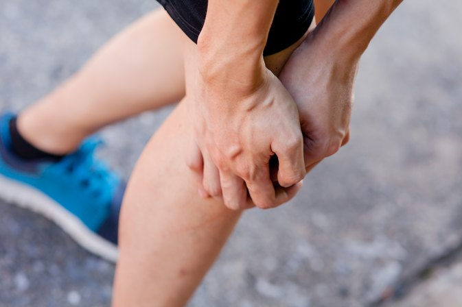 How to Recover from a Knee Bone Bruise Caused by Running