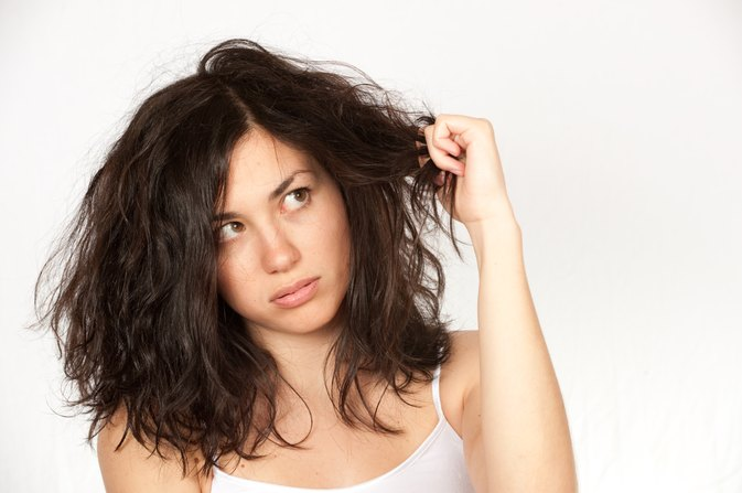 How to Naturally Treat Damaged Hair