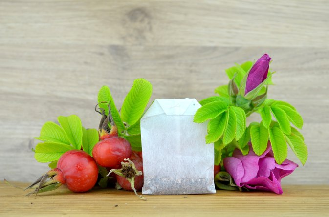 Benefits of Rose Hips Liquid Extract