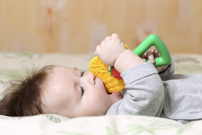 Do Teething Babies Get an Upset Stomach?