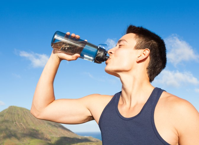 How Much Water Should Athletes Drink?