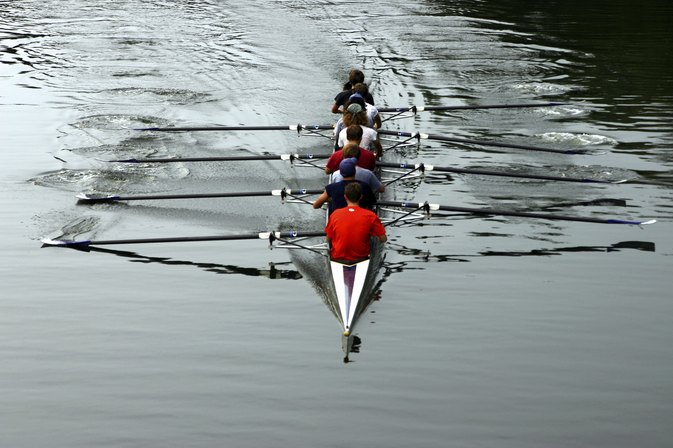 Difference Between Heavyweight & Lightweight Rowing