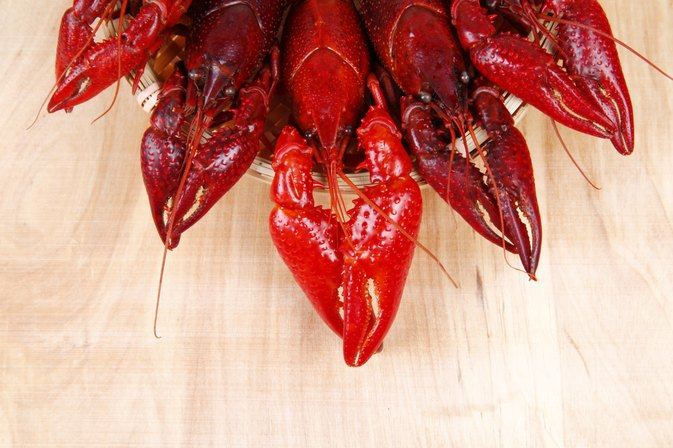 How to cook crawfish on the stove livestrong how to cook crawfish on the stove ccuart Images
