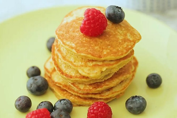 These Banana Pancakes Are Just 40 Calories Each
