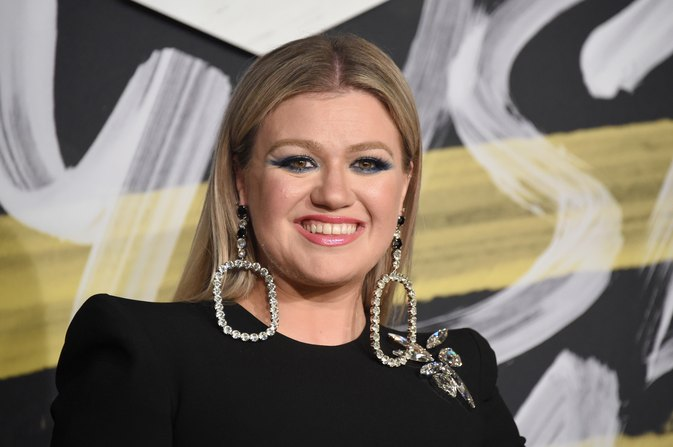 How Kelly Clarkson lost 37 pounds on a low-carb diet