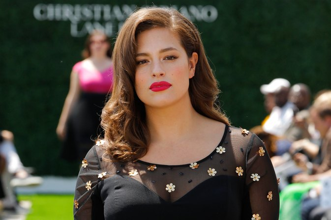Ashley Graham Just Called Out Victoria's Secret in a Major Way