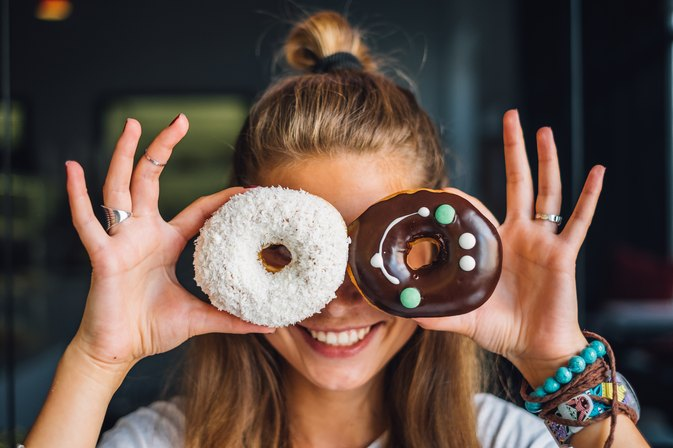 4 Foolproof Ways to Outsmart Your Cravings Forever
