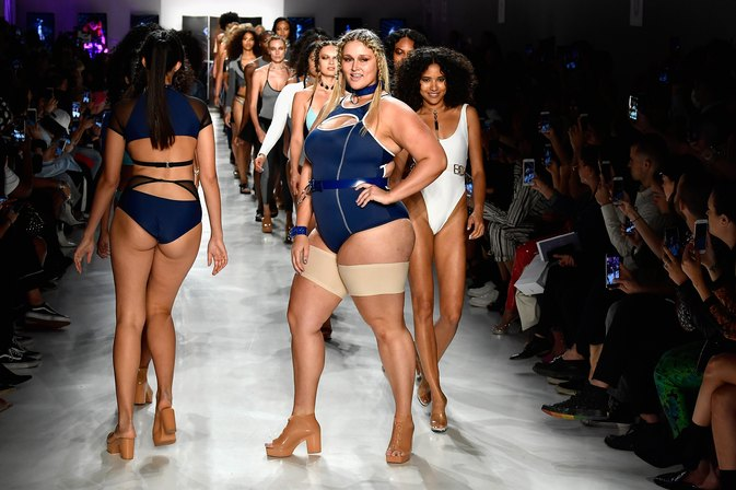These Anti-Chafing Thigh Bands Are the Technology We Need, Ladies
