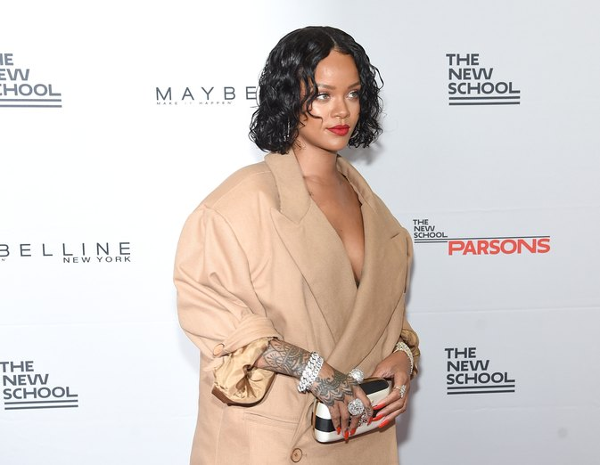 Rihanna's Perfect Response to Fat Shamers