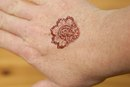 How to Remove Henna Tattoo Ink