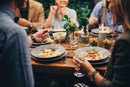9 Tips for Dining Out With Type 2 Diabetes