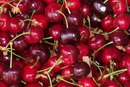 What Fruits Are High in Antioxidants?