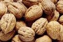Walnuts Vs. Pecans Nutrition