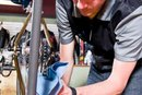 How to Use Isopropyl Alcohol to Clean a Bike