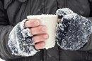 Finger Frostbite Signs
