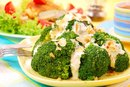 The Calories in Broccoli With Garlic Sauce