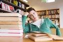 Signs & Symptoms of Iron Deficiency in Teens
