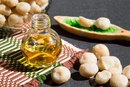 Are There Benefits of Macadamia Oil on the Skin?