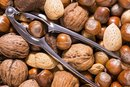 Does Eating Walnuts & Almonds Help With Skin Care?