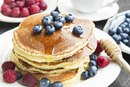 How to Make a Healthy Fruit Sauce for Pancakes