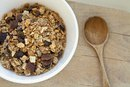 The Nutrition of Cascadian Farms Granola