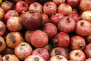 Are Pomegranates Good for Children?