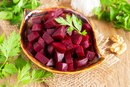 How to Cook Beets in a Microwave