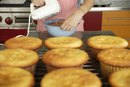Can You Use Applesauce in Place of Vegetable Oil in Cupcakes?