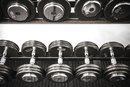 Can I Gain an Inch of Muscle on My Biceps Every Week?