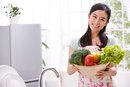 What Foods Are Eaten on the Negative Calorie Diet?