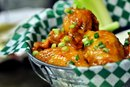 How to Crisp Chicken Wings on a Charcoal Grill With Baking Soda