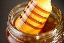 Good and Bad Effects From Eating Honey