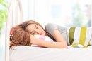 3 Ways to Prevent a Stiff Neck While Sleeping