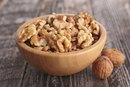 The Nutrition of Almonds & Walnuts