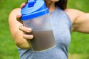 How to Replace One Meal With a Protein Shake
