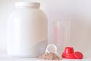 What Is the Difference Between Beachbody Meal Replacement and Shakeology?