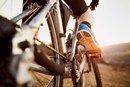 How to Ride a Bike to Exercise the Lower Abs