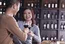 What Is the Carb Count & Calories in 4 Ounces of Wine?