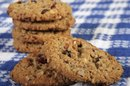 How to Substitute Oil for Butter in Oatmeal Cookies