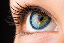 Causes of Flashes in the Outer Corner of the Eye
