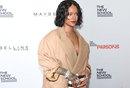 Rihanna's Perfect Response to Fat Shamers