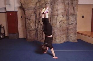How to Do a Handstand Twist