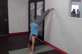 How to Do a Handstand With Weak Arms