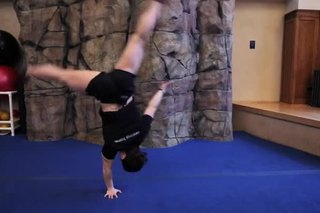 How to Do a Right-Handed Cartwheel