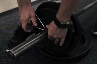 How to Put Weights on a Barbell for Deadlifts